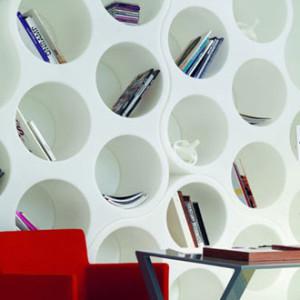 Knihovna v podobě mraků pro klasické knihy
