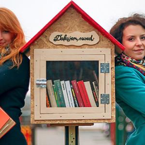 Pěkný nápad - sousedské knihovny - knižní budky
