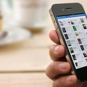V Británii skoro 50% čtenářů e-knih je čte na chytrých mobilech