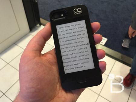 Obal na iPhone 6 a 6 Plus s EInk displejem