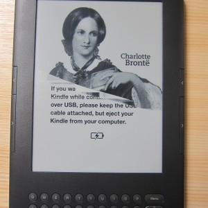 Buďte na svoji čtečku Kindle opatrný, aby se vám nestala nemilá věc - prasklý displej
