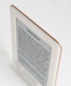 17. července začne Google prodávat iRiver Story HD konkurenci pro Amazon Kindle