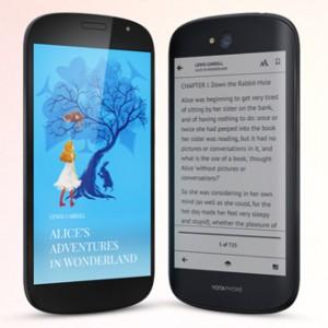 YotaPhone 2 - mobilní telefon s E Ink displejem na zadní straně